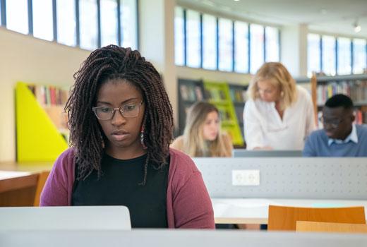 โพสต์รูปภาพ รวม 3 เว็บไซต์สำหรับคนอยากเรียนต่อนอก Scholarship - รวม 3 เว็บไซต์สำหรับคนอยากเรียนต่อนอก